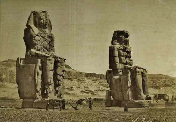 The Giant statues of Memnon.