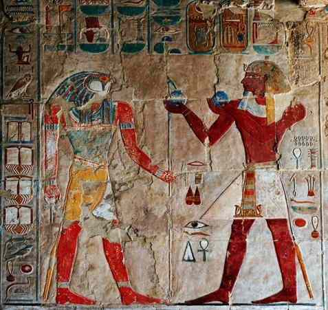 Thutmosis brings bottles of sacred oil to Horus at Hatshepsuts Temple